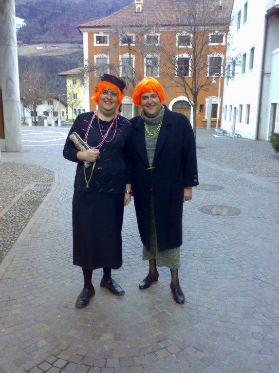 Verkleidet mann als karneval frau Frauen Kostüme